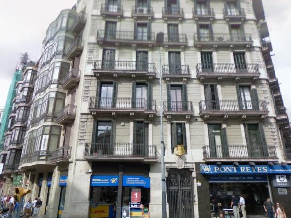 Barcelona Youth Hostel Best Barcelona hostels backpackers youth hostels